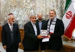 Israel's crimes must be exposed to the world: Larijani