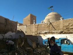 تخریب بخشی از تاریخ جندق در نزدیکی شبستان یک مسجد