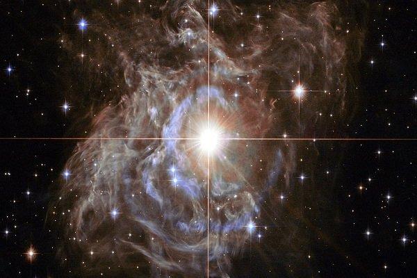"""""""ناسا"""" تكشف عن نجم أكثر توهجًا من الشمس بـ15 ألف مرة"""