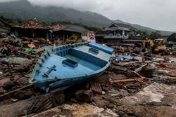 انڈونیشیا میں تباہ کن سونامی