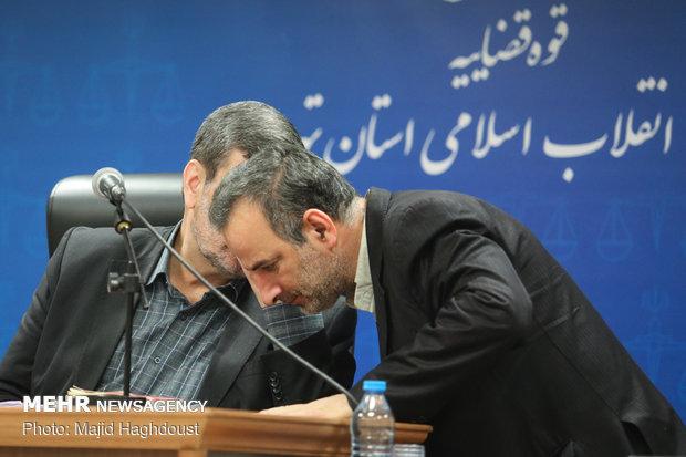 جلسه دادگاه رسیدگی به اتهامات علی اکبر عمارت ساز رئیس سابق شعبه تختی بانک تجارت در کرمان