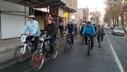 حضور دوچرخه سواران قروه ای در تور ملی اقوام ایرانی