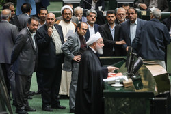 یک روز پرسروصدا؛ از اعتراض خوزستانیها تا افزایش خرج ریاستجمهوری