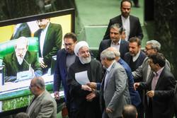 «مجلس» و «دولت» در اختیار روحانی/ دولتمردان نقشه مجلس یازدهم را میکشند