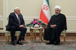 روحاني: يجب حلّ القضايا الإقليمية بالحلول السياسية وعبر آليات الحوار