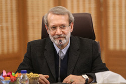 Expansion of Iran-Iraq economic coop. on agenda: Larijani
