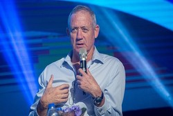 موقف عدائي جديد لوزير حرب الكيان الصهيوني ضد إيران