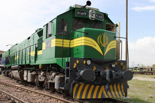۳ رام قطار فوق العاده از تهران و یزد به کرمان اضافه شد