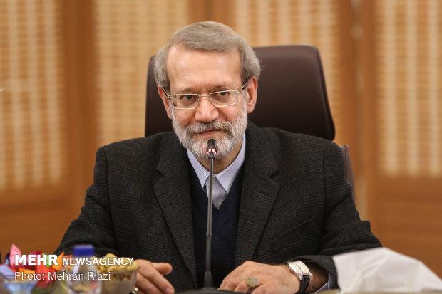 لاريجاني يلتقي أعضاء مجموعة الصداقة البرلمانية الإيرانية الصينية