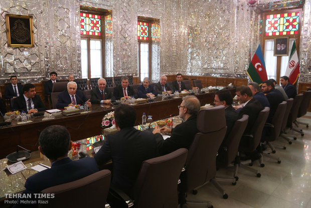 Larijani meets with Azerbaijani counterpart