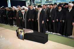 People, officials attend funeral service for Ayatollah Shahroudi