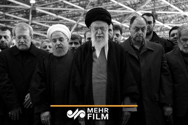 Devrim Lideri'nden Ayetullah Şahrudi için cenaze töreni