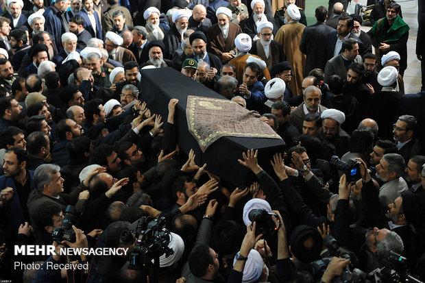 مراسم تشییع و اقامه نماز بر پیکر مرحوم آیت الله هاشمیشاهرودی