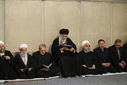 Devrim Lideri'nin huzurunda Ayetullah Şahrudi için taziye töreni