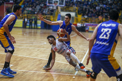 دیدار تیم های بسکتبال شهرداری گرگان و پتروشیمی