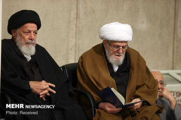 Leader attends commemoration ceremony of Ayat. Shahroudi