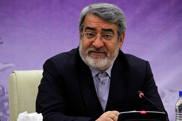 رحماني فضلي يشيد بمشاركة الشعب الإيراني في مسيرات 11 شباط