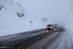 جاده چالوس یخ میزند