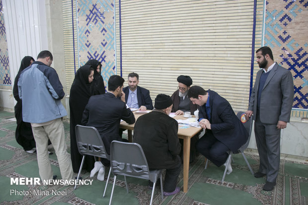 ملاقات عمومی امام جمعه تبریز با مردم