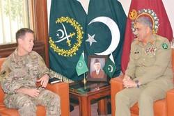 دیدار فرمانده ارتش پاکستان با فرمانده نیروهای ناتو در افغانستان