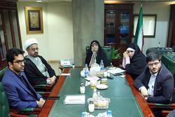 اسناد وکتابهای شهید مطهری به کتابخانه ملی اهدا شد