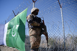 Pakistan fencing Afghan border to curb infiltration