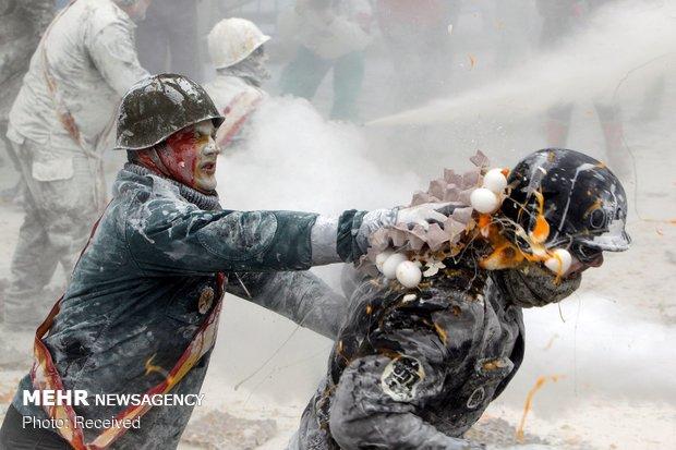 İspanya'da un ve yumurta savaşı
