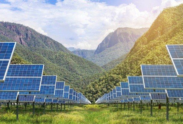 راه اندازی کارخانه تولید پنلهای خورشیدی با بیشترین ظرفیت