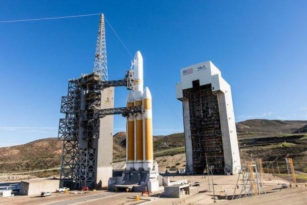 پرتاب ماهواره جاسوسی آمریکا به تعویق افتاد