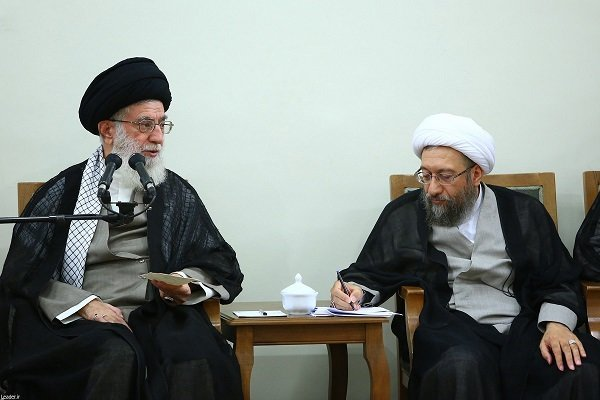 Leader appoints Ayat. Amoli Larijani as new Expediency Council head