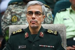Iran chief cmdr scoffs at US 'humiliating' exit from Syria