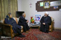 Ruhani'den Ermeni şehit ailesine sürpriz ziyaret