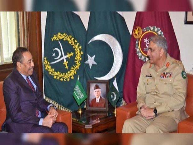 پاکستانی فوج کے سربراہ سے سعودی عرب کے نائب وزیر دفاع کی ملاقات
