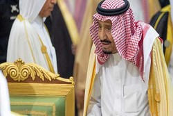 مخالفت دانشگاه تونس با اعطای دکترای افتخاری به پادشاه عربستان