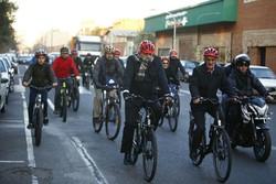 Bike sharing program to develop in Tehran: mayor