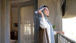 "Leila Hatami acts in a scene from ""Bomb, a Love Story"" by Peyman Maadi."
