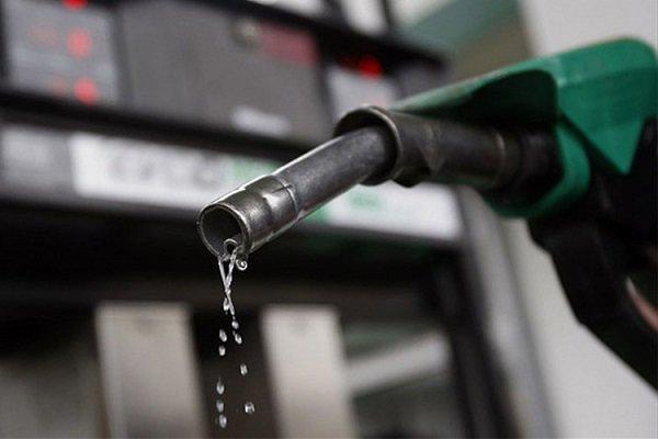 دولت نرخ بنزین را اصلاح کرد/ آغاز سهمیهبندی از بامداد ۲۴ آبان