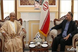 Iranian Parliamentary official meets with Omani ambassador
