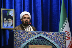 Senior cleric urges for intensifying fighting corruption in line with Leader's instructions