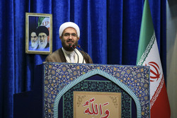 Senior cleric calls for boosting production in line with Leader's instructions