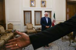 تقدیم استوارنامه سفیر ونزوئلا به وزیر امور خارجه