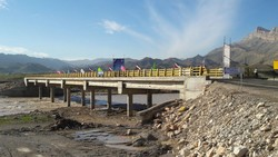 ساخت ۹ پل بر روی آبنماهای محور جاسک - میناب