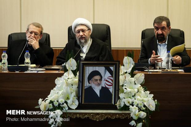 مجمع تشخيص مصلحة النظام يعقد جلسته الأولى برئاسة آملي لاريجاني