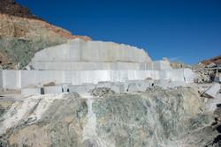 زنجان دومین استان تولیدکننده سنگهای معدنی در کشور است