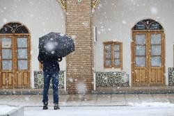 """هطول الثلوج بمدينة """"زنجان"""" / صور"""