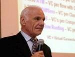دنیا کو انٹرنیٹ کا تحفہ دینے والے سائنسداں کا انتقال