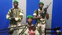 Gabon soldiers seize national radio station in coup attempt