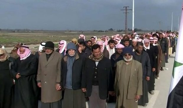 Around 300 displaced people return to their villages, towns in Deir Ezzor