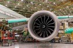 بزرگترین موتور جهان روی هواپیمای بوئینگ نصب شد