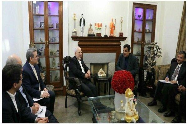 Zarif, Hindistan Ulaştırma Bakanı ile görüştü